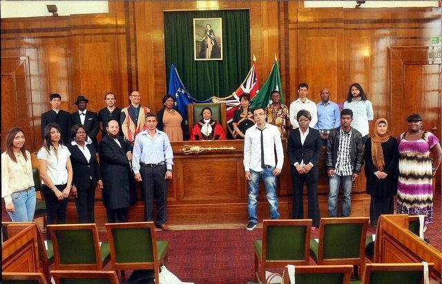 Церемония вступления в гражданство Великобритании